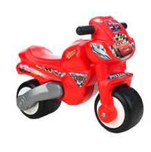 Niños sobre ruedas