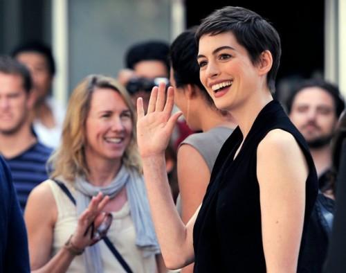 Anne Hathaway y su nuevo corte pixie