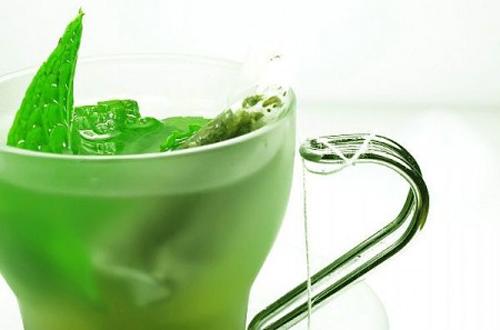 Razones por las que debemos tomar té verde