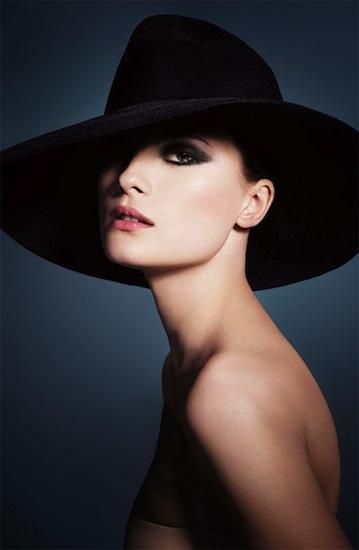 Colección otoño 2012 by Armani, Easy Chic