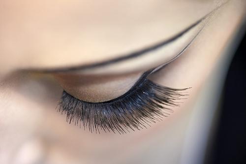 Da vida a tus ojos con una permanente de pestañas