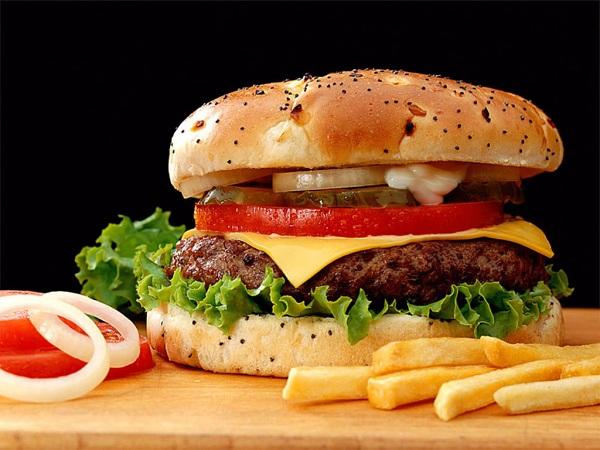 Alimentos que debemos evitar en la cena para perder peso (II)