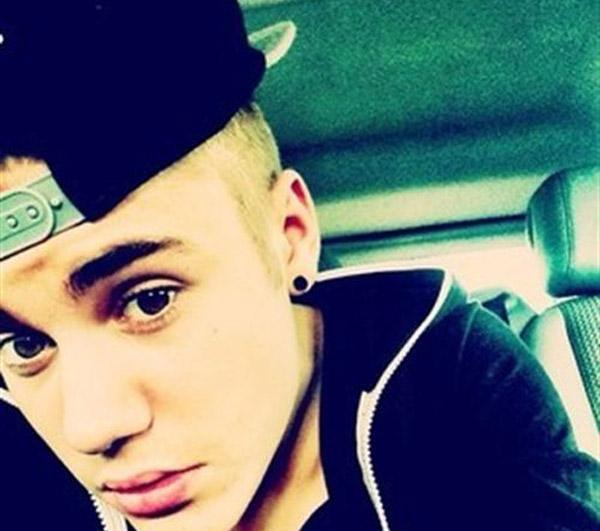 Justin Bieber se mosquea por los regalos de sus fans