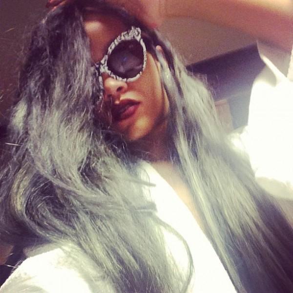 Rihanna se pasa al gris