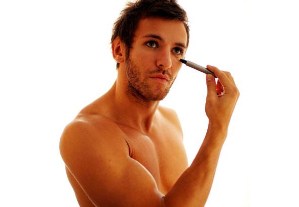 Los novios también se maquillan el día de la boda (II)