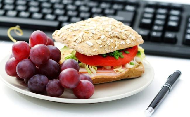 Consejos sobre cómo cuidar la dieta en el trabajo (IV)